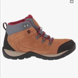Columbia women's hiking boots